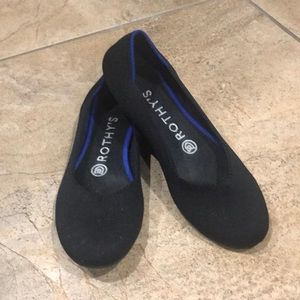 Black Size 6 Rothy's Flats